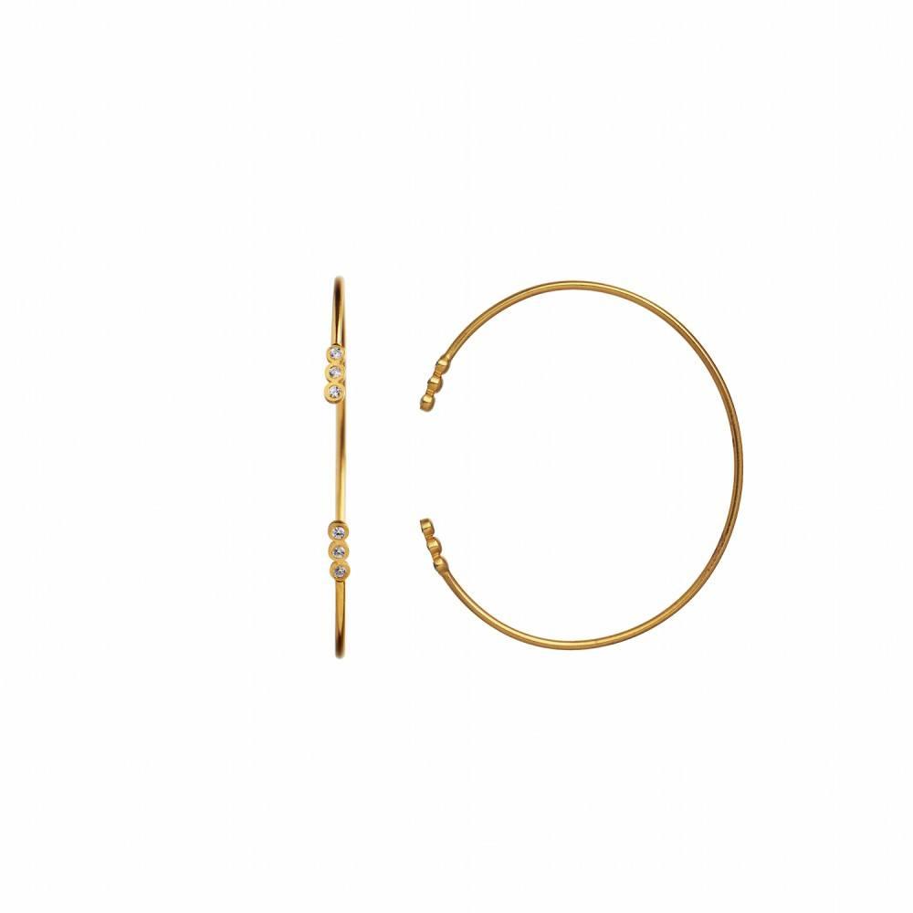 https://www.selecteddesigners.dk/media/catalog/product/3/0/3012-02_six_big_dots_bracelet.jpg