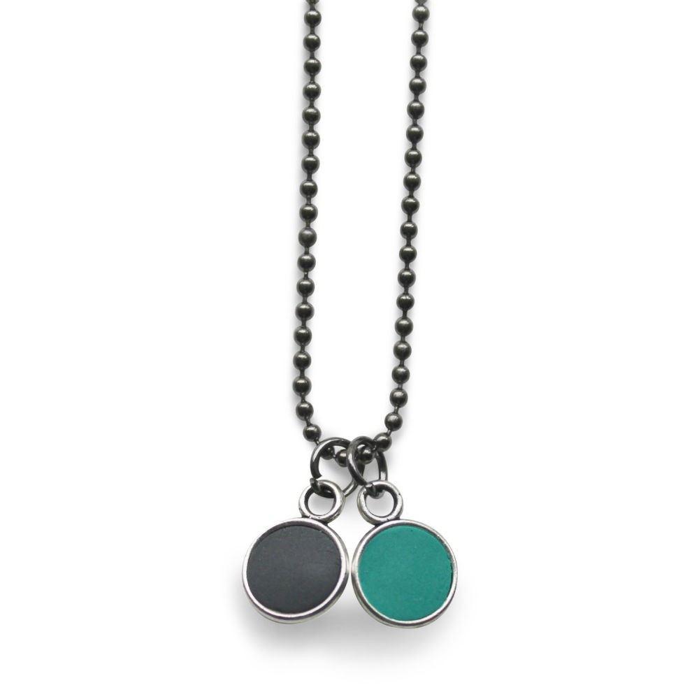 https://www.selecteddesigners.dk/media/catalog/product/5/0/507-bowl-mini-halskaede-moerkgraa-gr_n-78_1.jpg