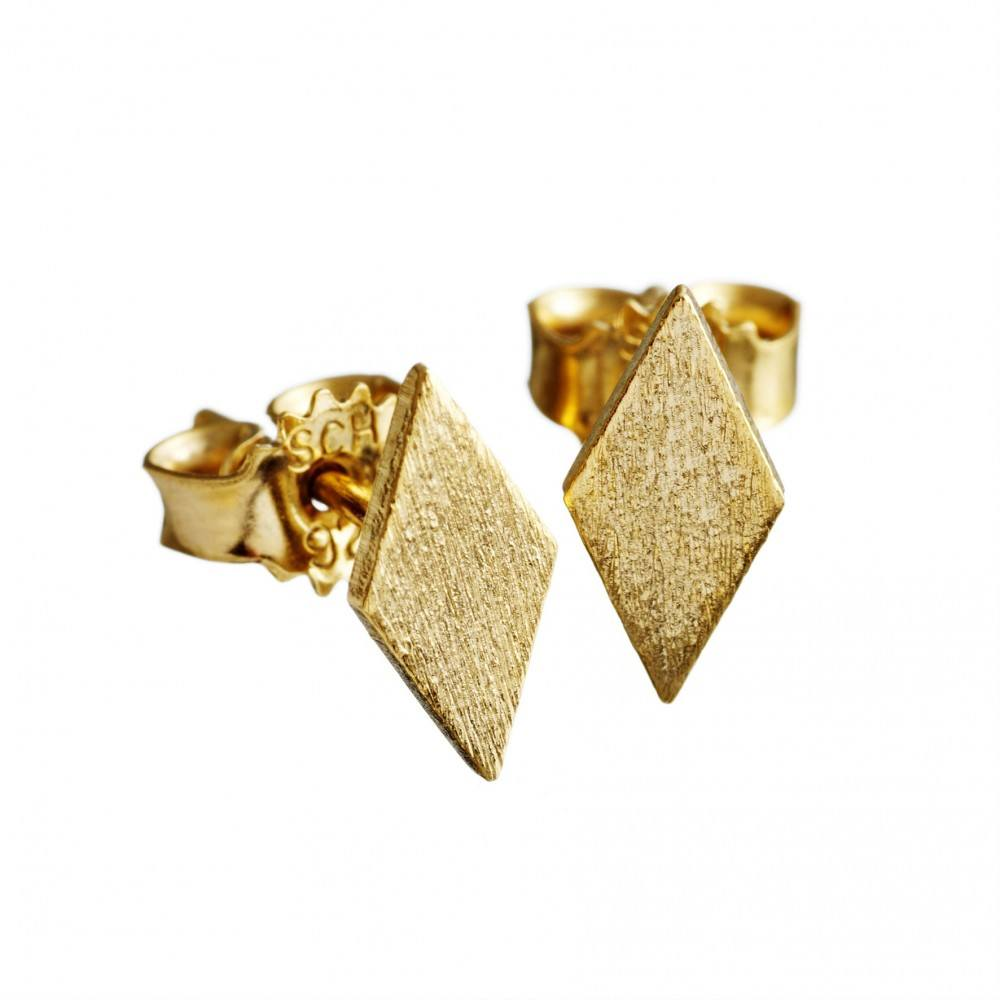https://www.selecteddesigners.dk/media/catalog/product/c/o/co-1118f-gold.jpg