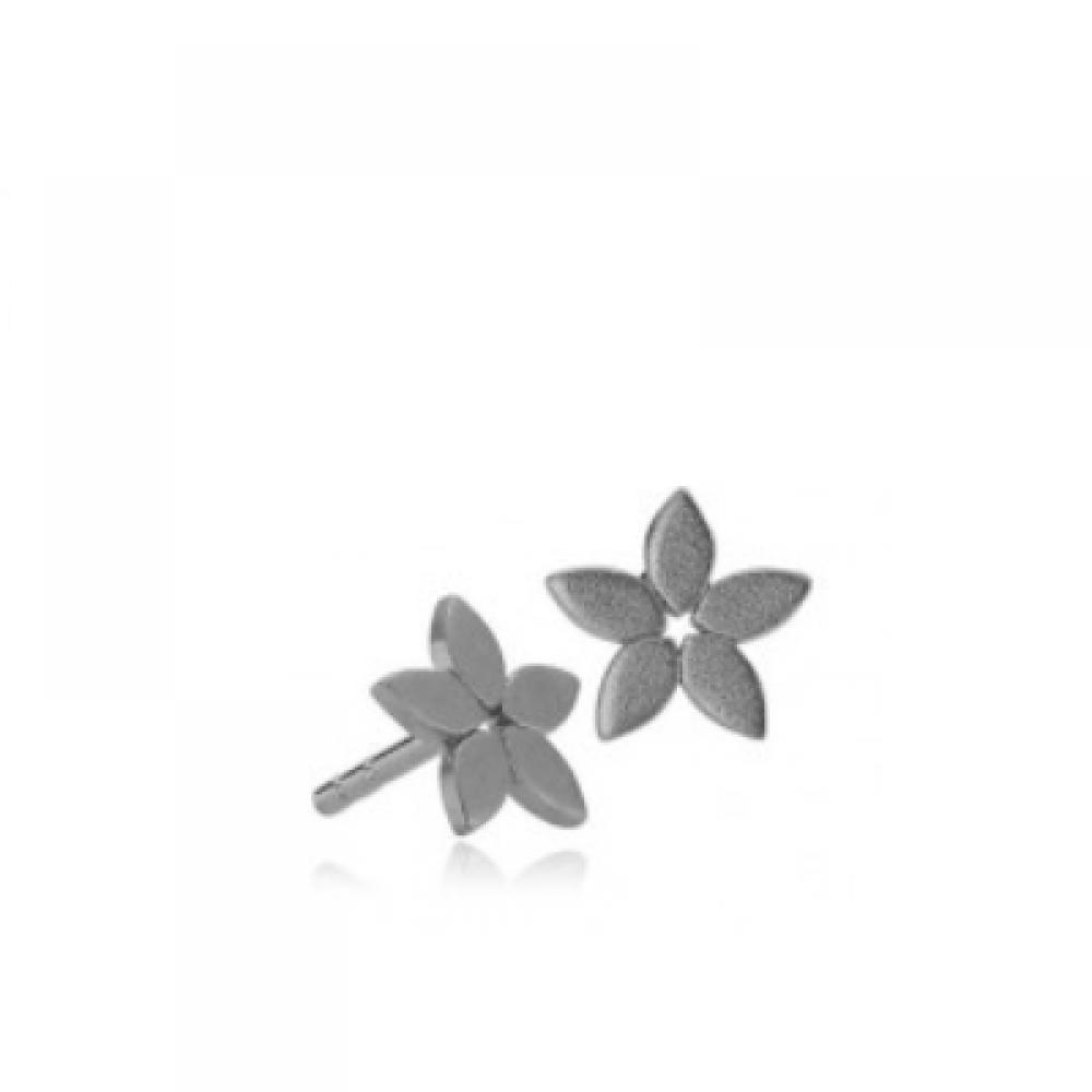 https://www.selecteddesigners.dk/media/catalog/product/m/a/magnoliaearsticksrhodinerets_lv_1.png