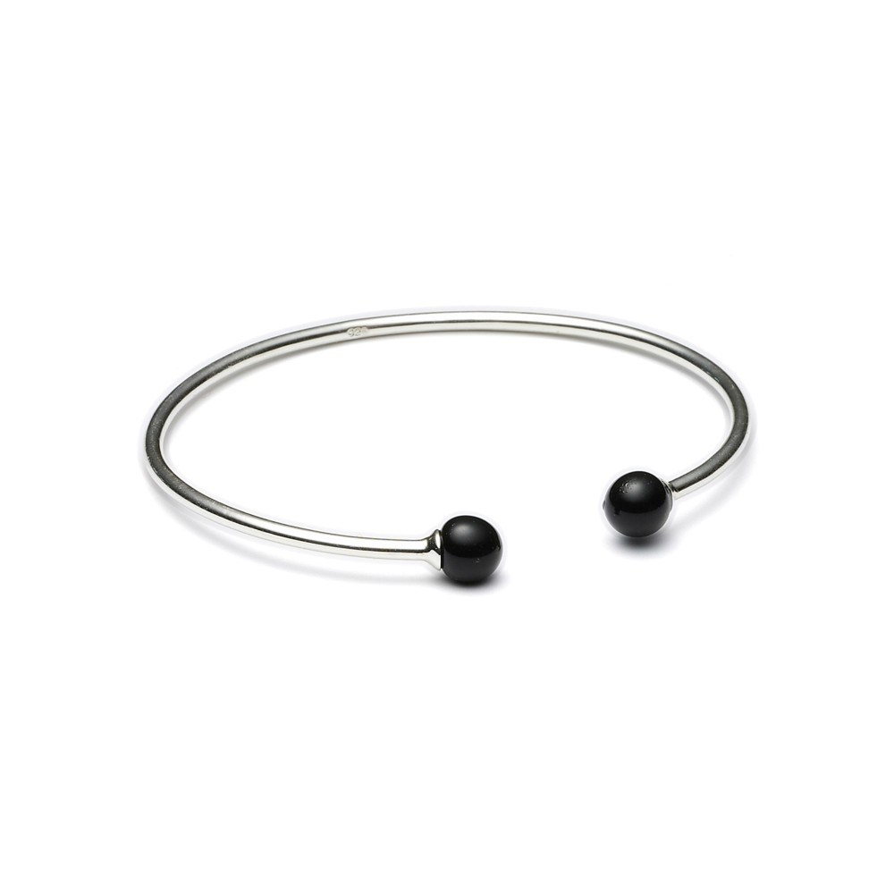 https://www.selecteddesigners.dk/media/catalog/product/m/i/minipearl_02-02_silver_black.jpg