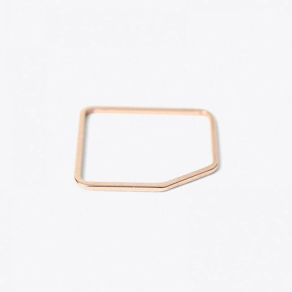Jukserei Square Ring with an edge Rose-33