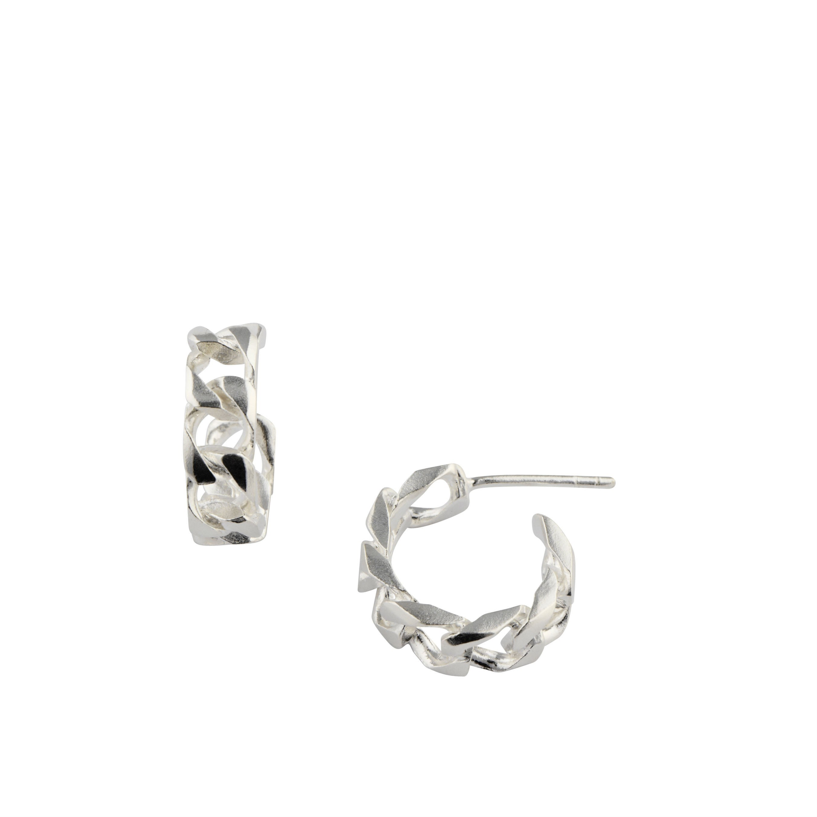 https://www.selecteddesigners.dk/media/catalog/product/r/i/riley_earring_white-rhodium.jpg