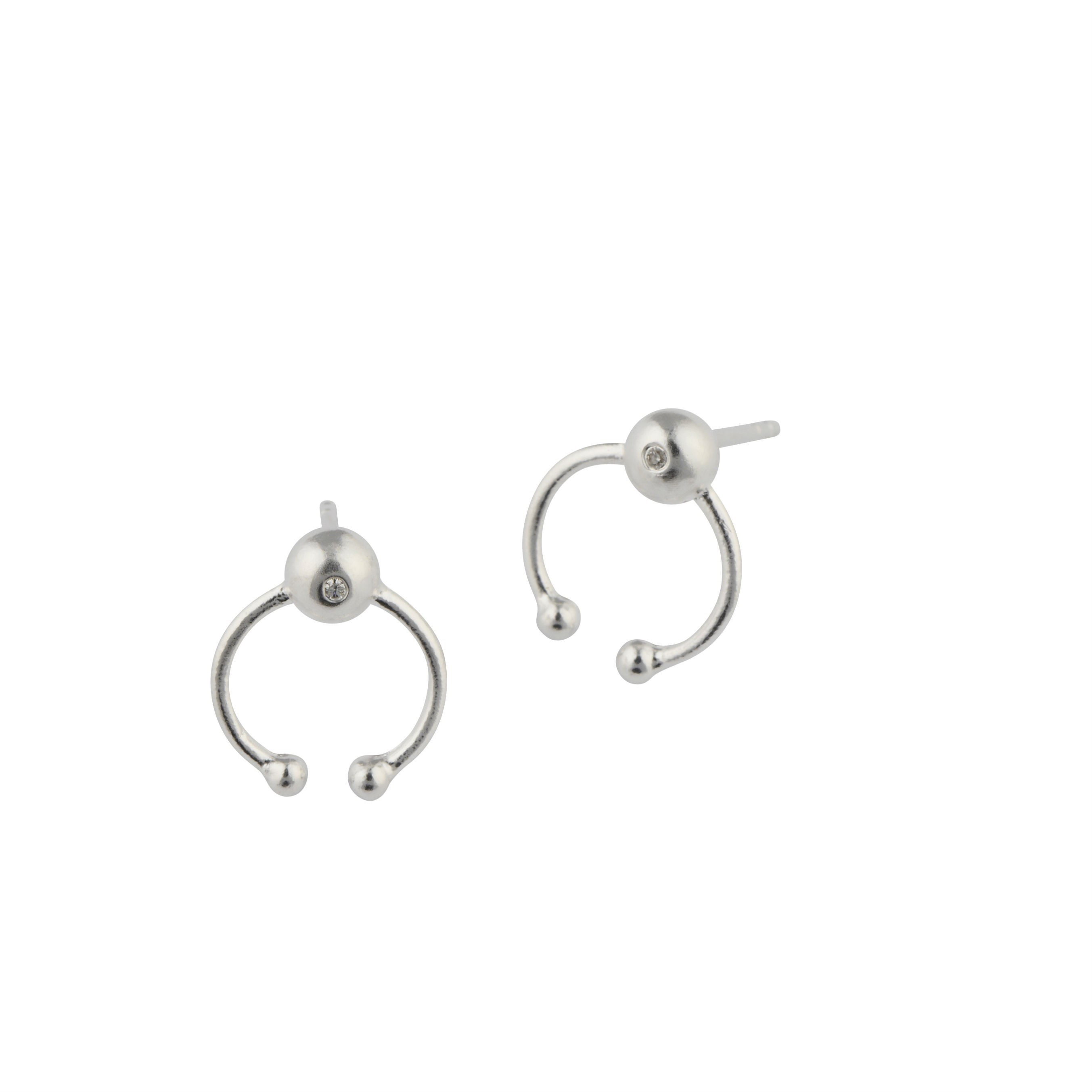 https://www.selecteddesigners.dk/media/catalog/product/r/u/ruby_earplugs-sterling-silver.jpg
